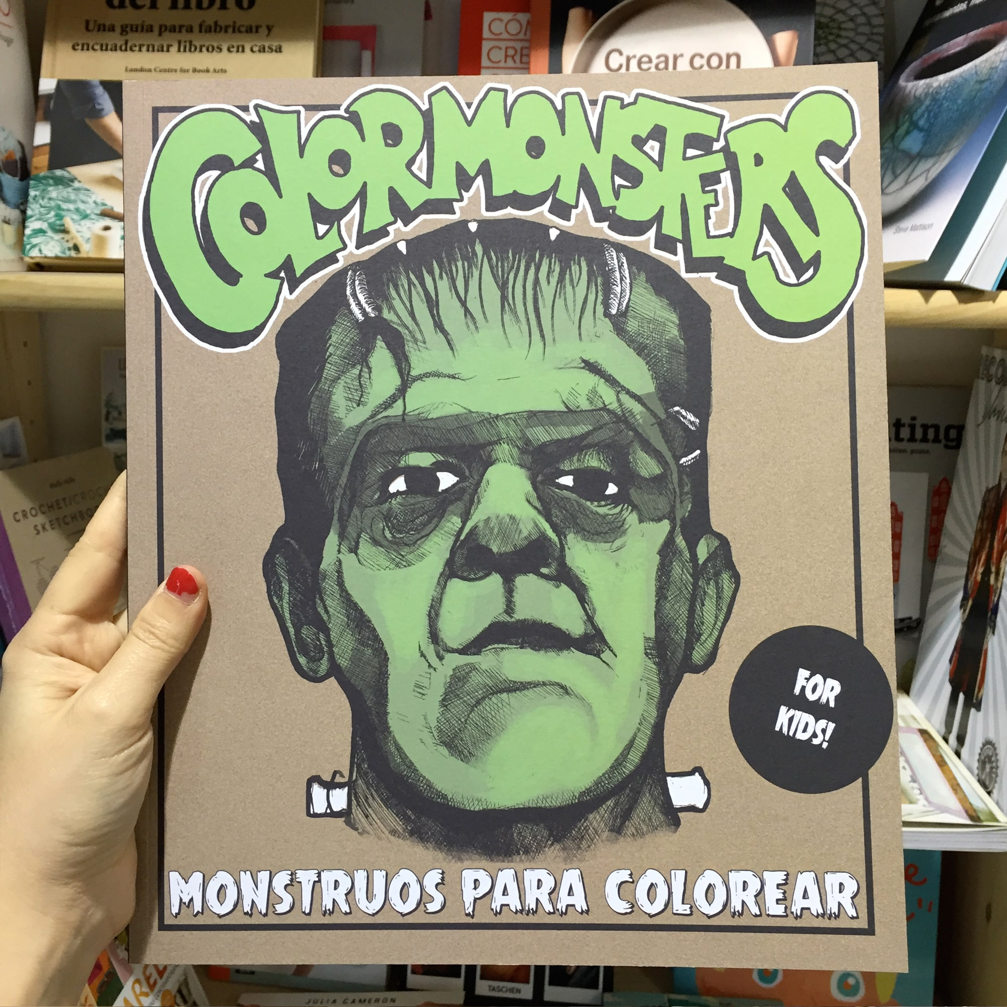 Libro de colorear Monsters – Ovni Bazar Bizarro